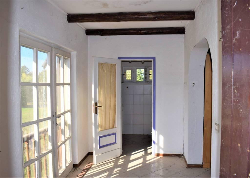Rustico / Casale da ristrutturare in vendita Rif. 9155430