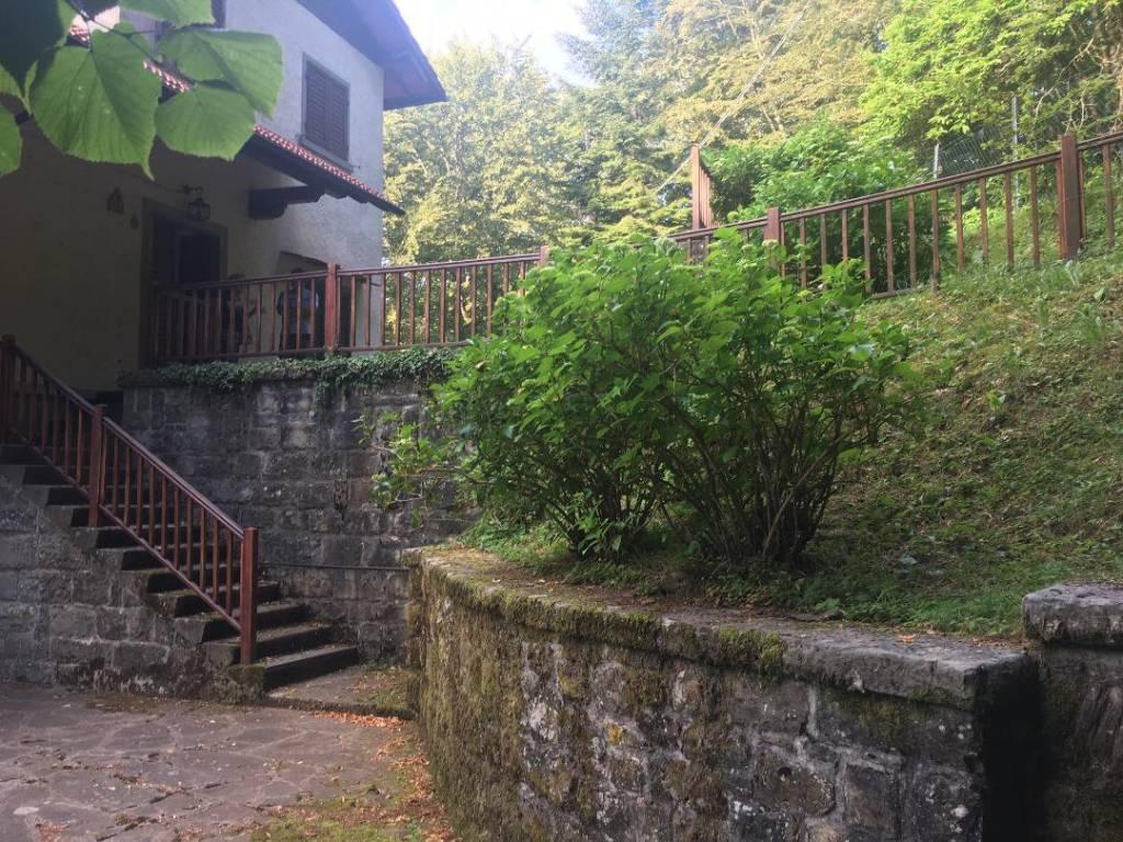 Villa in vendita a Pelago, 6 locali, prezzo € 380.000 | CambioCasa.it