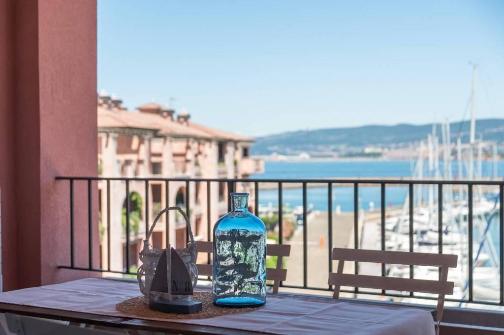 Appartamento in vendita a Muggia, 3 locali, prezzo € 290.000 | CambioCasa.it