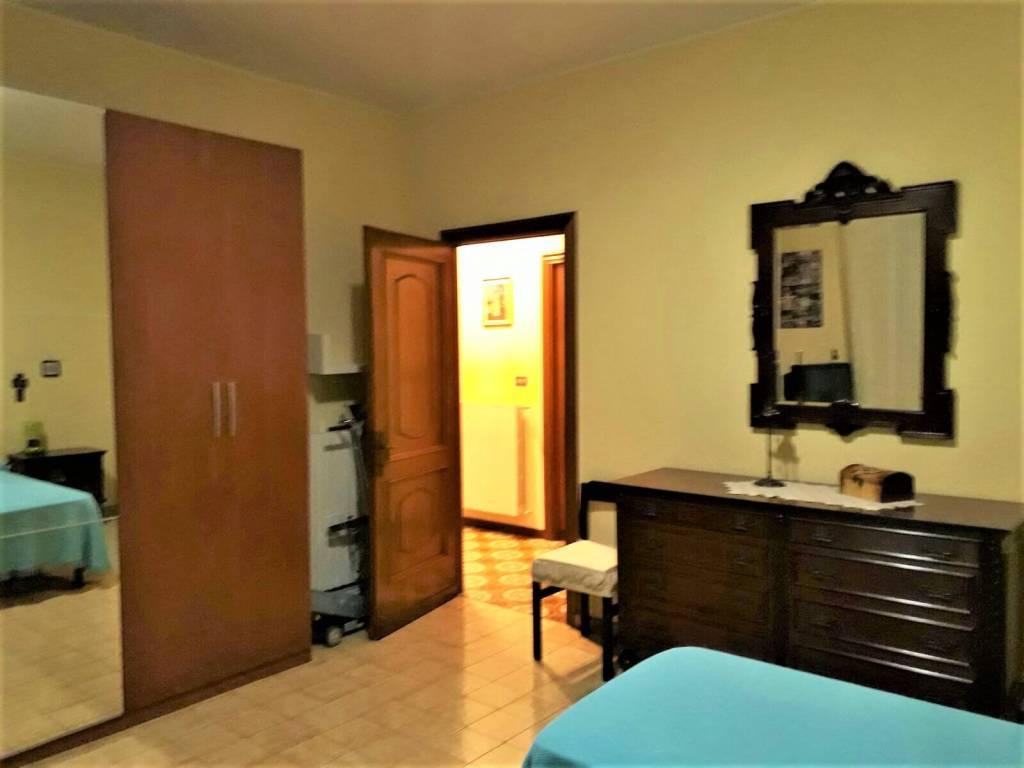 Appartamento in buone condizioni arredato in affitto Rif. 8988577