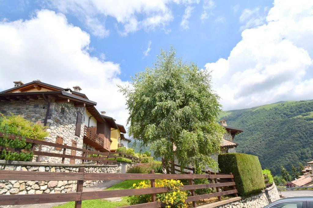 Appartamento in vendita a Oneta, 3 locali, prezzo € 95.000 | PortaleAgenzieImmobiliari.it