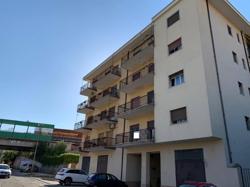 Comodo appartamento a Roges - Via Bari, foto 1