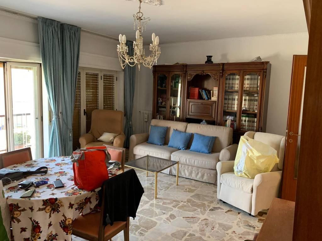 Comodo appartamento a Roges - Via Bari, foto 2