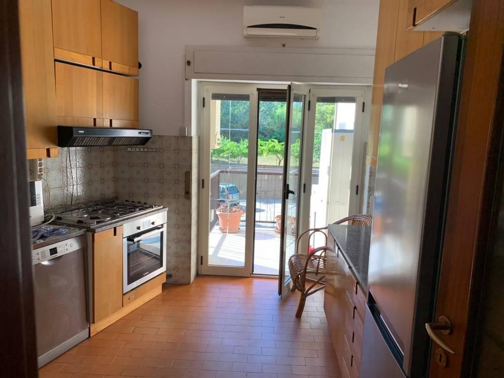 Comodo appartamento a Roges - Via Bari, foto 3