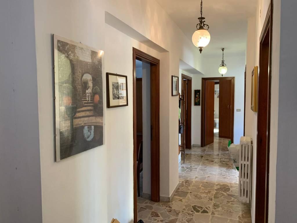 Comodo appartamento a Roges - Via Bari, foto 5