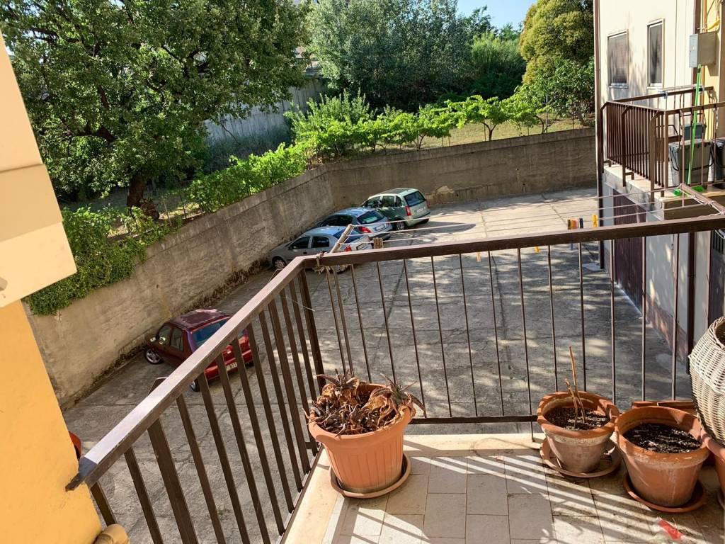 Comodo appartamento a Roges - Via Bari, foto 9