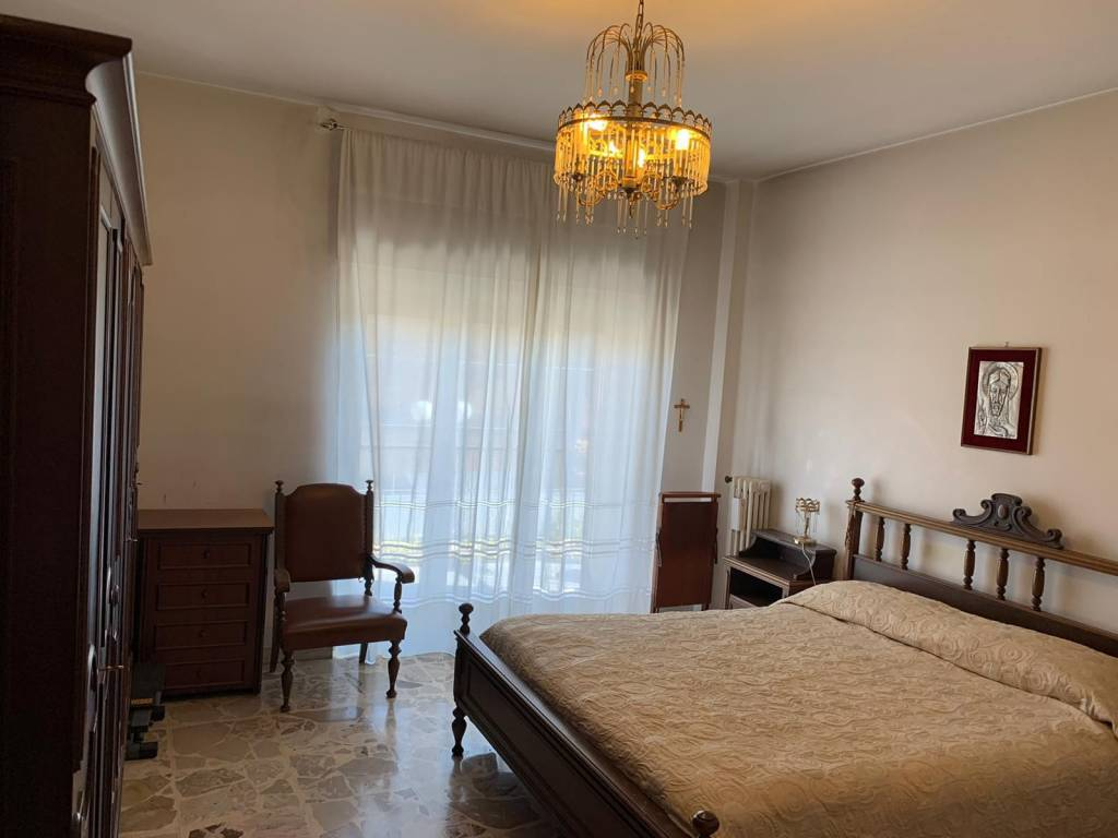 Comodo appartamento a Roges - Via Bari, foto 6