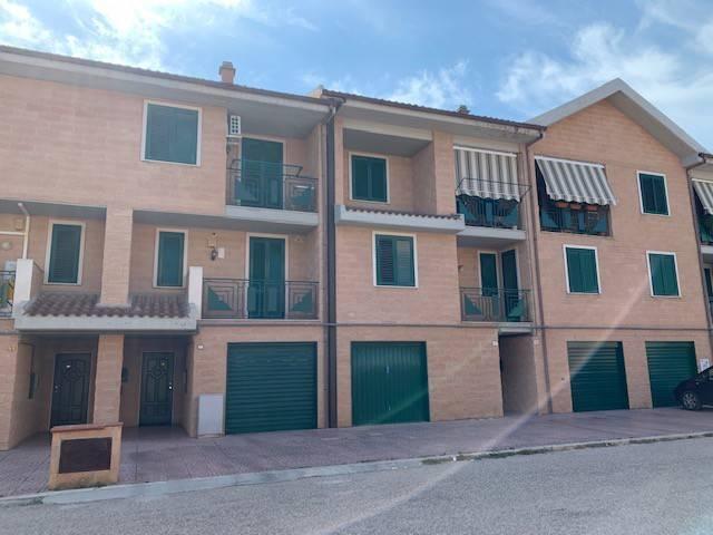 Villetta in Vendita a Foggia Semicentro: 3 locali, 156 mq