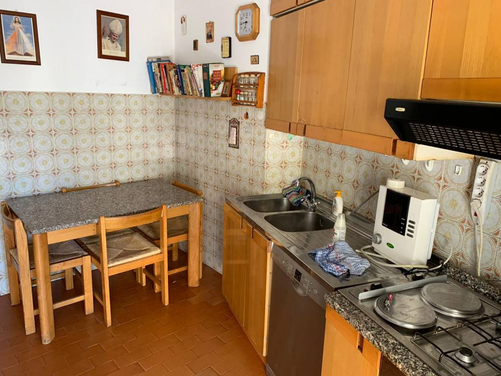 Comodo appartamento a Roges - Via Bari, foto 4