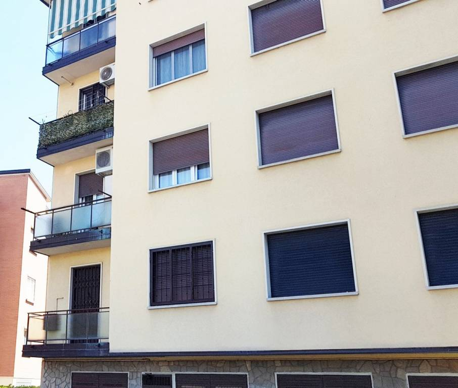 Appartamento in Vendita a Casalecchio Di Reno Centro: 3 locali, 85 mq