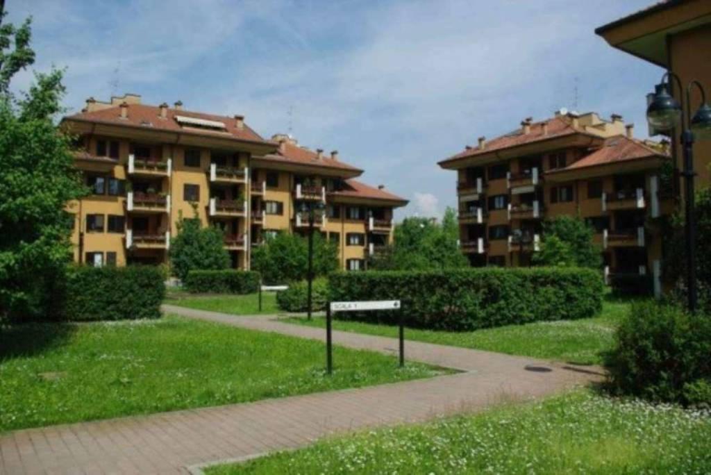 Appartamento in vendita a Peschiera Borromeo, 3 locali, prezzo € 235.000 | CambioCasa.it