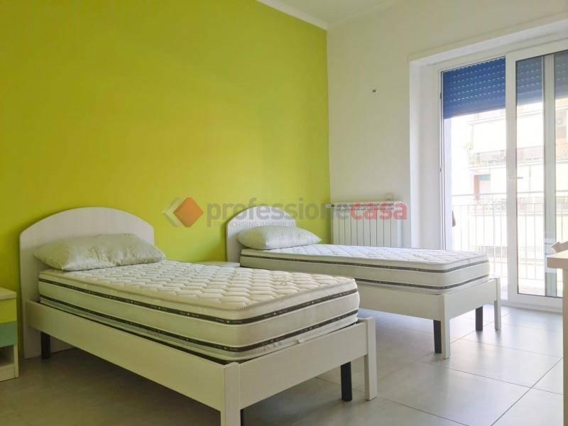 Appartamento in Affitto a Catania Centro: 4 locali, 36 mq