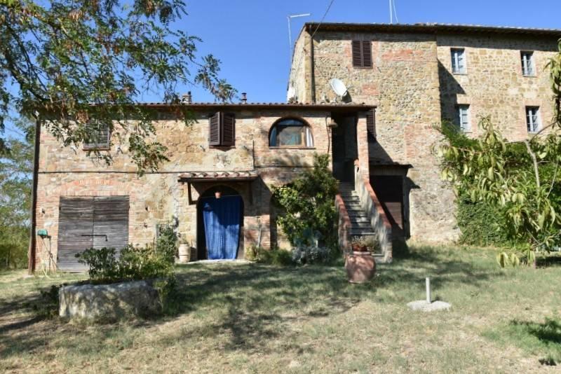 Rustico in Vendita a Citta' Della Pieve Periferia:  5 locali, 230 mq  - Foto 1