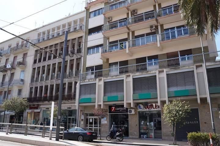 Altro in affitto a Messina, 2 locali, prezzo € 550   CambioCasa.it