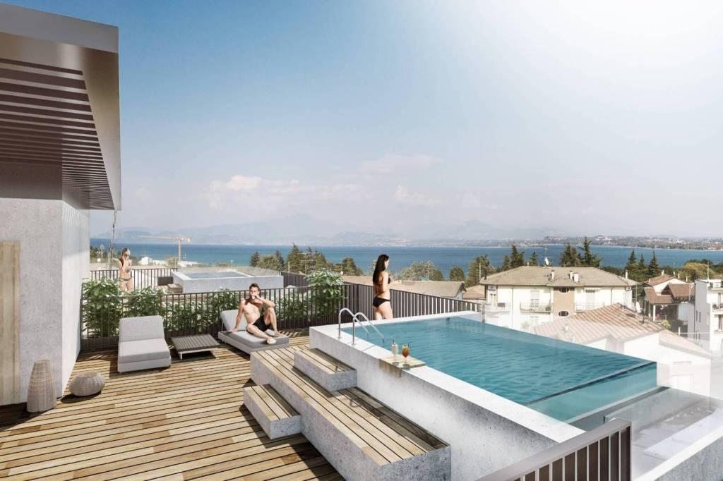 Appartamento in vendita a Peschiera del Garda, 3 locali, prezzo € 680.000 | PortaleAgenzieImmobiliari.it