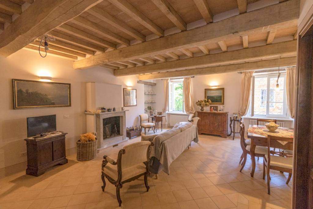 Casa indipendente in Vendita a Citta' Della Pieve Centro: 5 locali, 168 mq