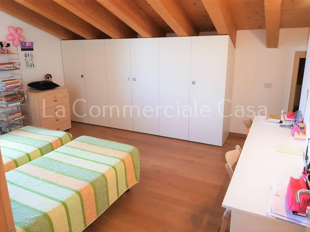 Appartamento in vendita a Casale sul Sile, 7 locali, prezzo € 209.000   CambioCasa.it