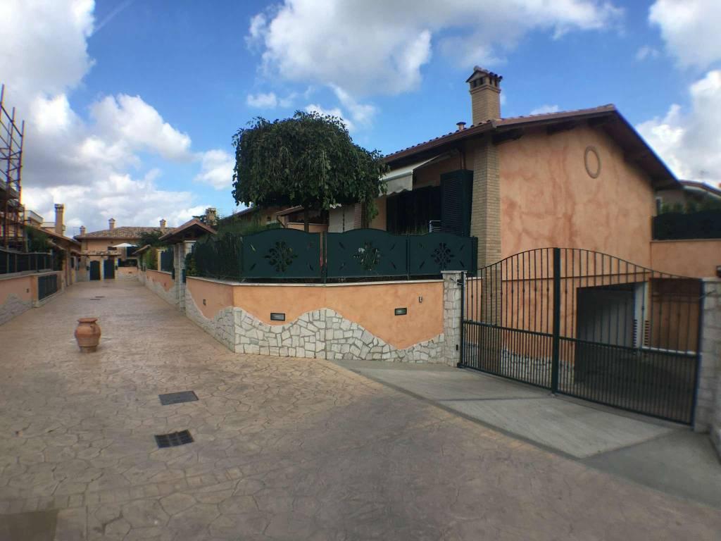 Box / Garage in vendita a Marino, 9999 locali, prezzo € 15.000   CambioCasa.it