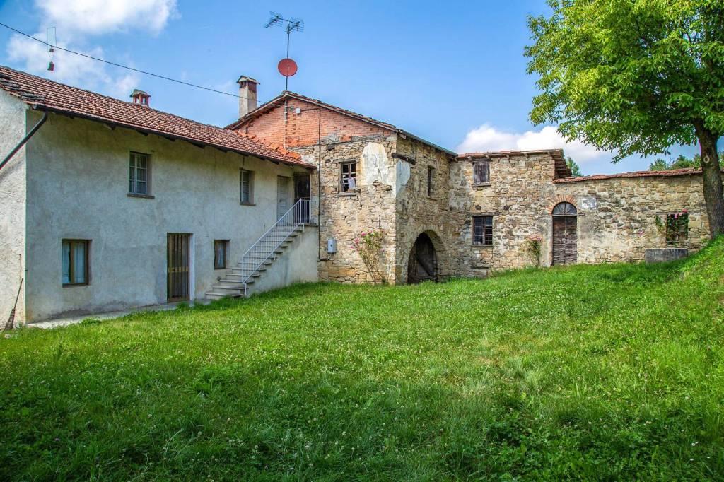 Rustico / Casale in vendita a Niella Belbo, 6 locali, prezzo € 100.000 | PortaleAgenzieImmobiliari.it