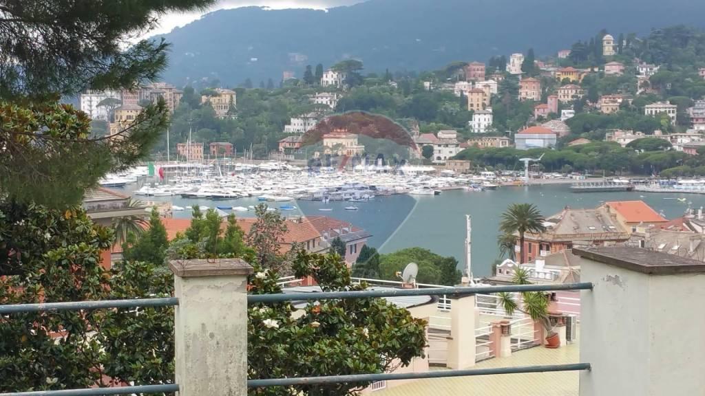 Attico / Mansarda in vendita a Rapallo, 7 locali, prezzo € 530.000 | PortaleAgenzieImmobiliari.it