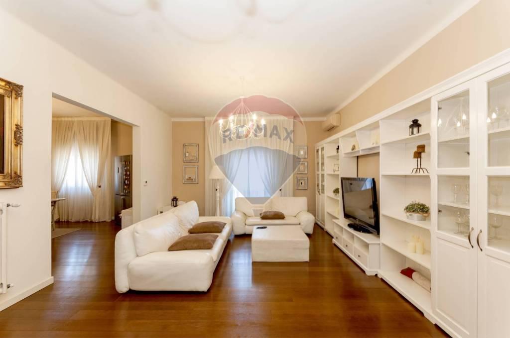 Appartamento in Vendita a San Lazzaro Di Savena Periferia: 4 locali, 127 mq