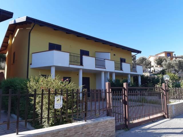 Villa in vendita Rif. 4842845