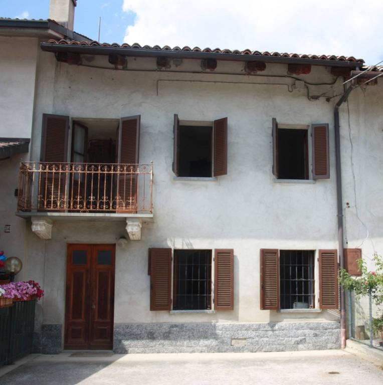 Rustico / Casale in vendita a Magliano Alfieri, 3 locali, prezzo € 82.000 | PortaleAgenzieImmobiliari.it