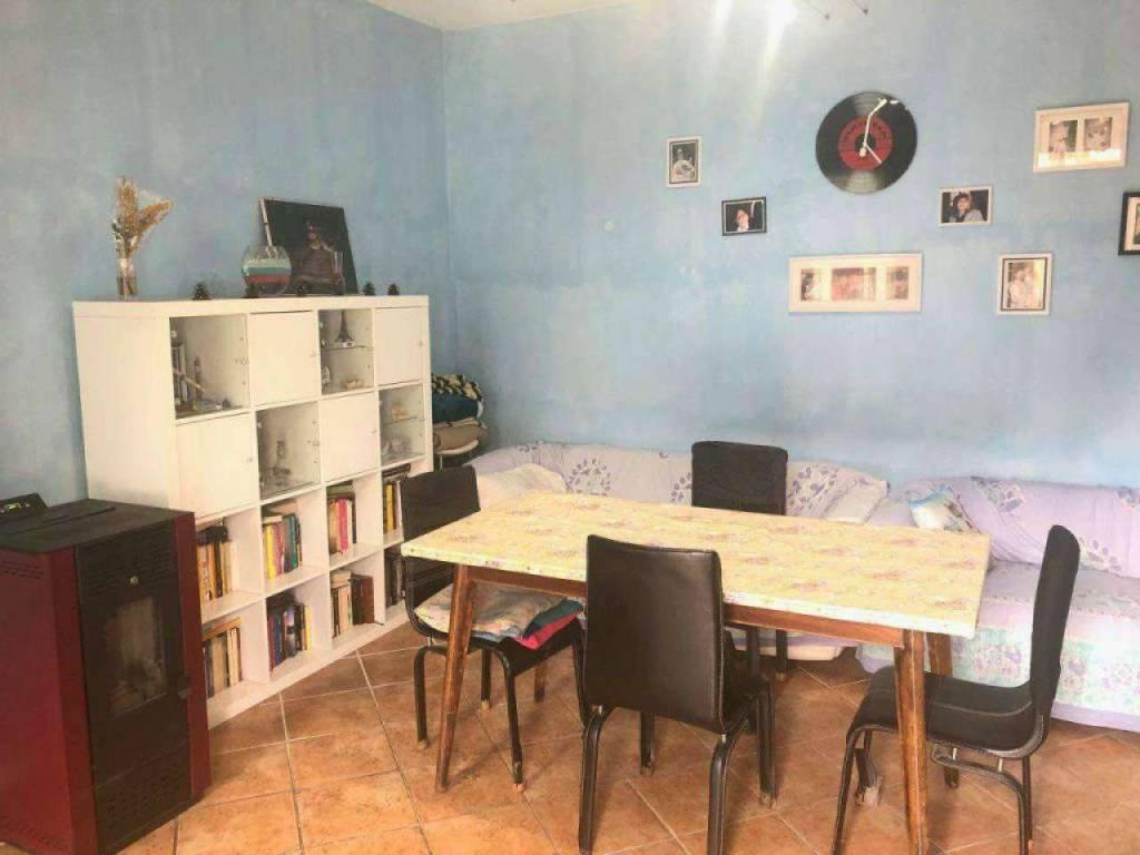 Soluzione Indipendente in vendita a Chignolo Po, 4 locali, prezzo € 85.000 | CambioCasa.it