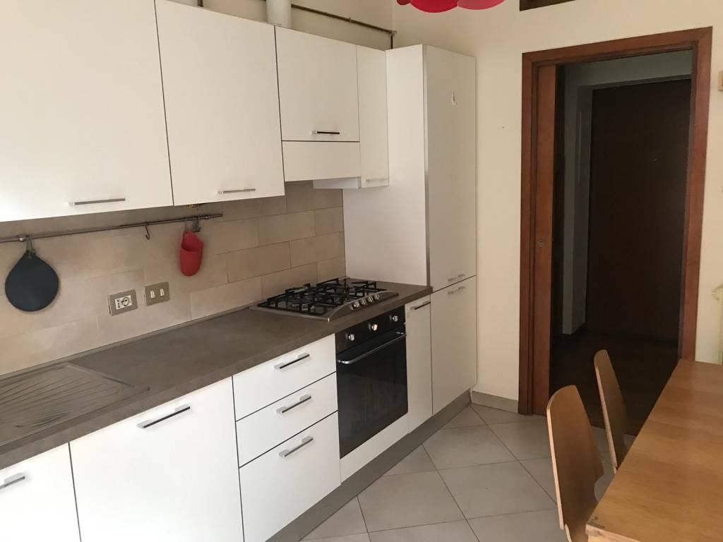 Appartamento in Affitto a Milano 06 Italia / Porta Romana / Bocconi / Lodi: 2 locali, 75 mq