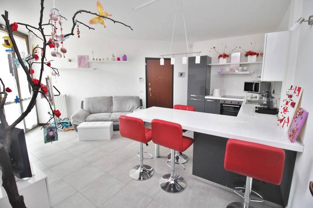 Appartamento in vendita a Magnago, 3 locali, prezzo € 128.000   PortaleAgenzieImmobiliari.it