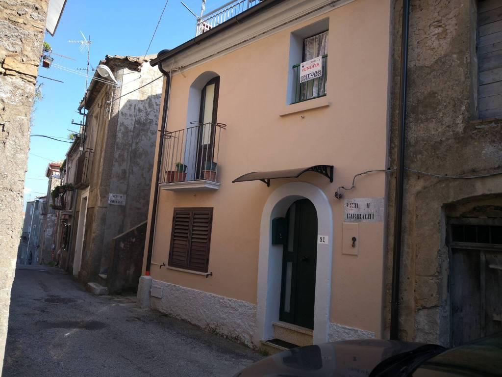 Appartamento in vendita a Girifalco, 3 locali, prezzo € 19.000 | CambioCasa.it