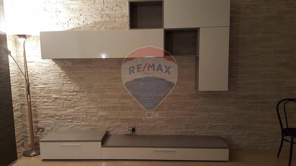 Appartamento in vendita a Montecchio Maggiore, 5 locali, prezzo € 100.000 | CambioCasa.it