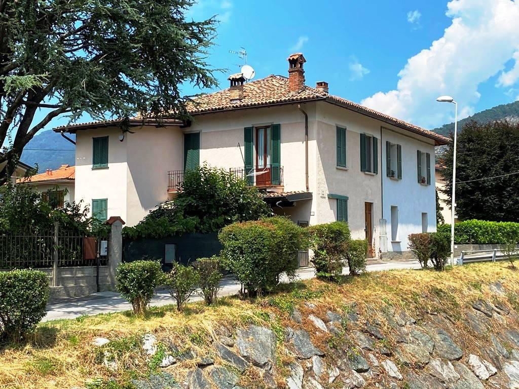 Villa in vendita a Canzo, 6 locali, prezzo € 250.000   PortaleAgenzieImmobiliari.it