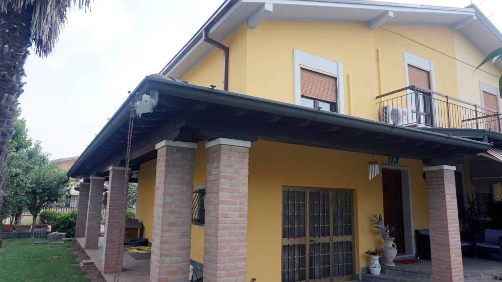 Villa in vendita a Montirone, 5 locali, prezzo € 219.000 | PortaleAgenzieImmobiliari.it