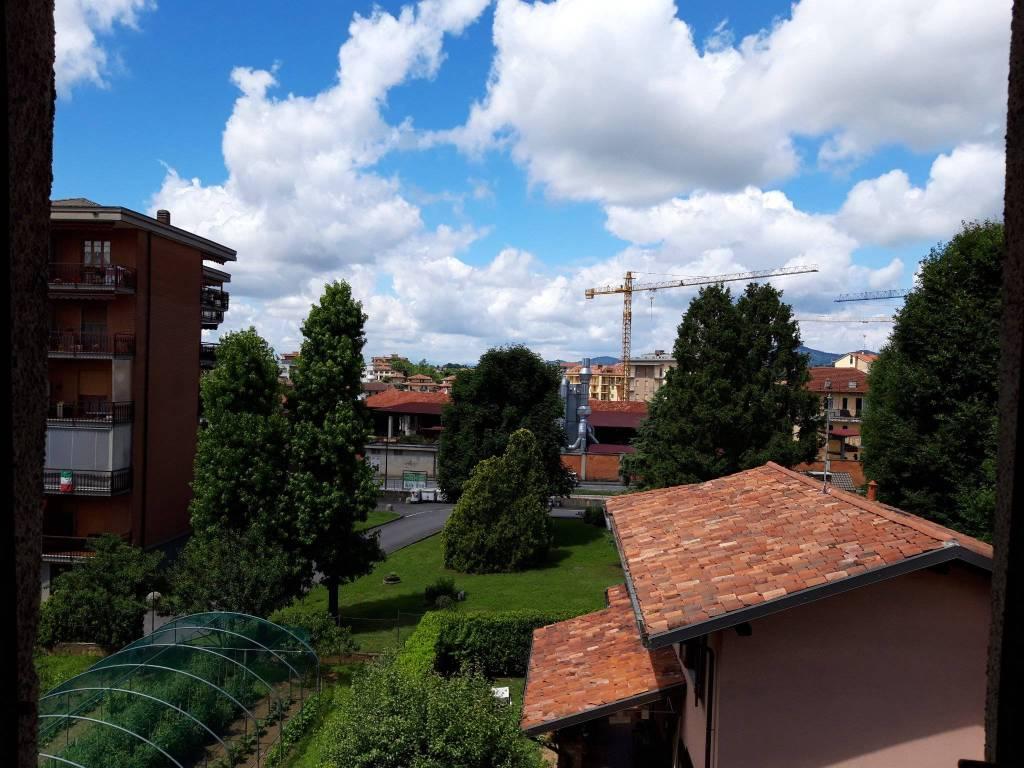 Appartamento in vendita a Chieri, 3 locali, prezzo € 80.000 | CambioCasa.it