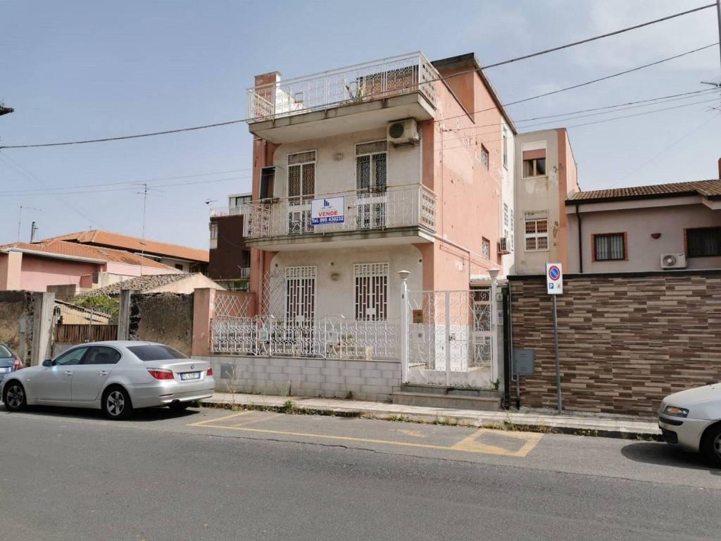 Appartamento in Vendita a Misterbianco Centro: 2 locali, 55 mq