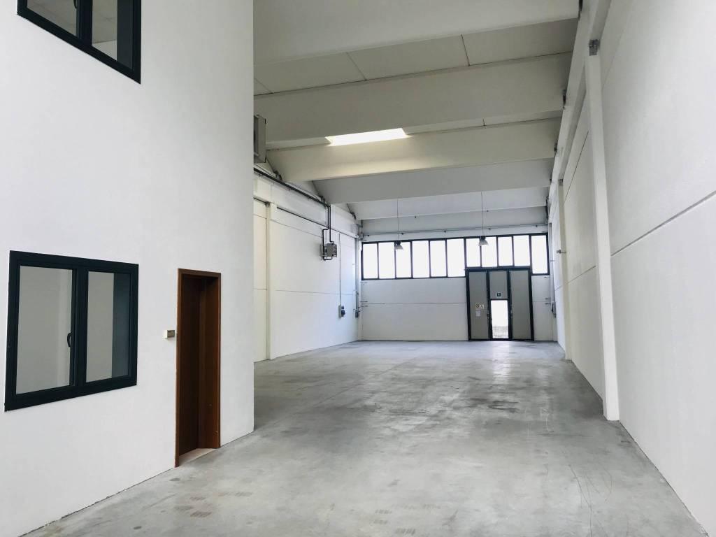 Capannone in vendita a Colognola ai Colli, 6 locali, prezzo € 318.000 | PortaleAgenzieImmobiliari.it