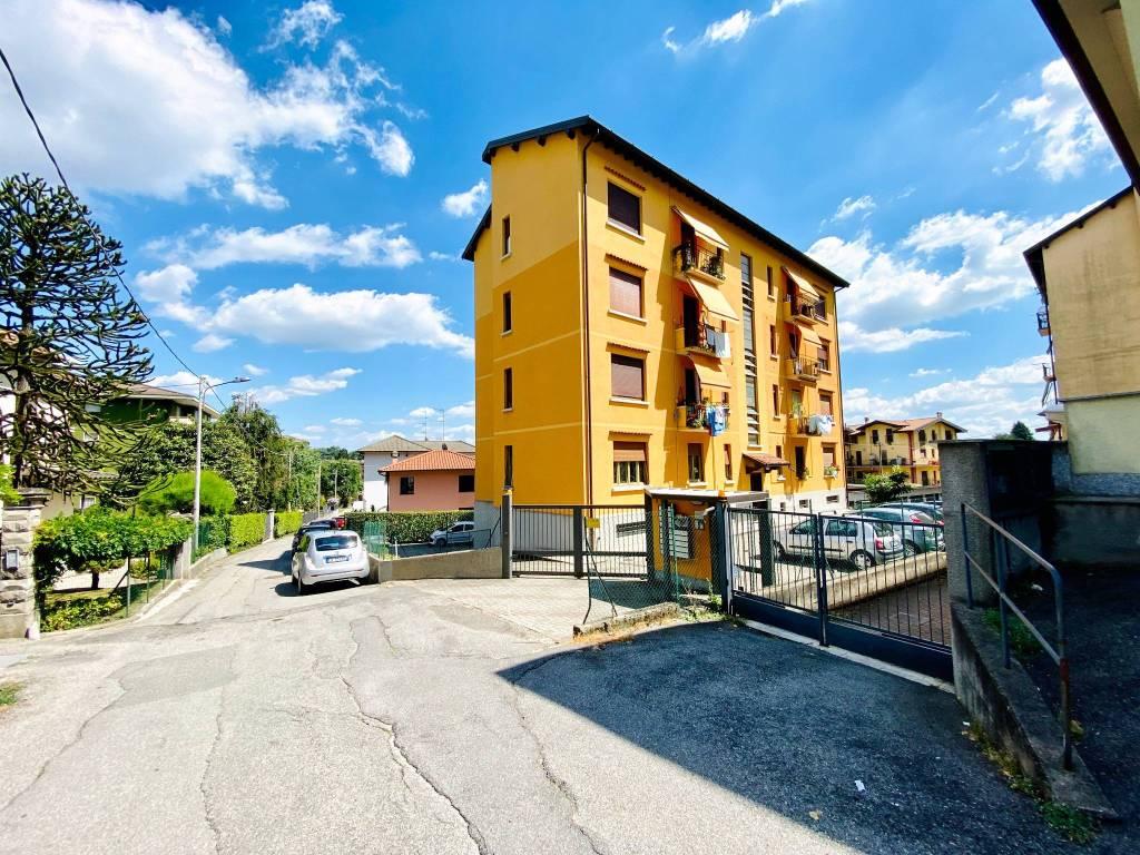 Appartamento in vendita a Gazzada Schianno, 3 locali, prezzo € 83.000 | PortaleAgenzieImmobiliari.it