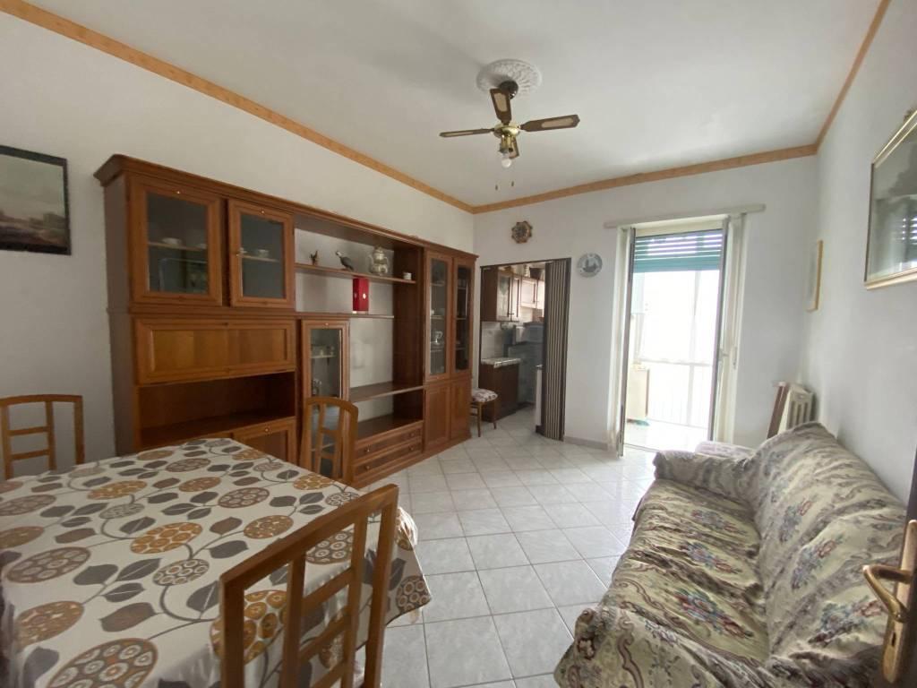 Appartamento in vendita a Beinasco, 3 locali, prezzo € 135.000   CambioCasa.it