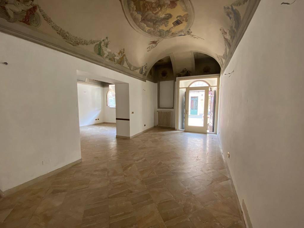 Negozio / Locale in affitto a Castenedolo, 2 locali, prezzo € 700 | PortaleAgenzieImmobiliari.it