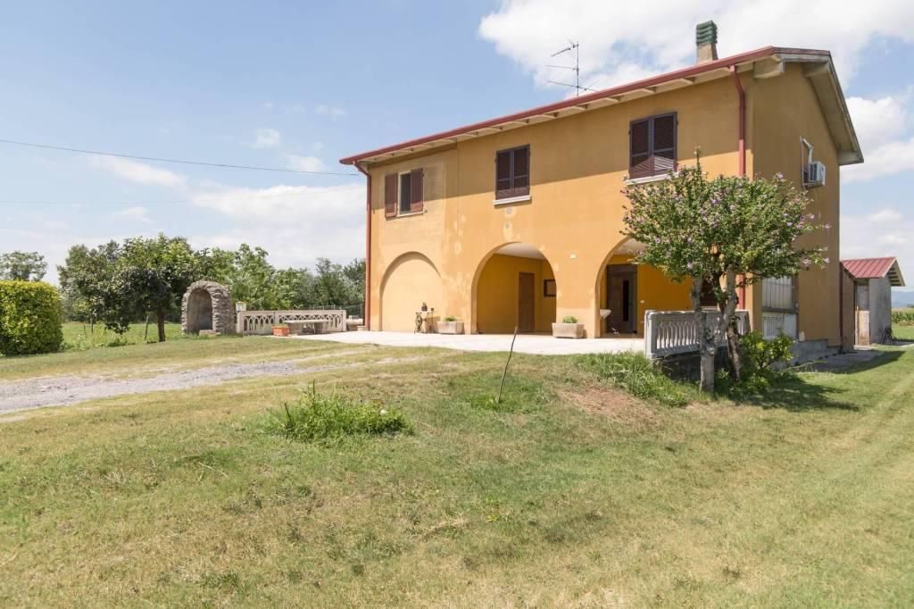 Rustico / Casale in vendita a Bagnolo Mella, 7 locali, prezzo € 310.000 | PortaleAgenzieImmobiliari.it