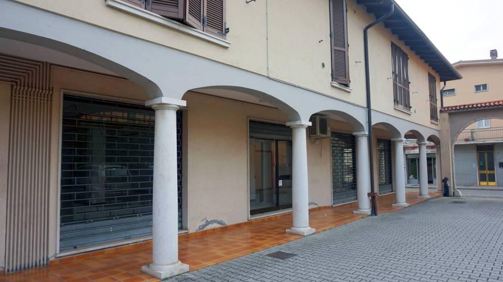 Negozio / Locale in affitto a Ghedi, 1 locali, prezzo € 1.250 | PortaleAgenzieImmobiliari.it