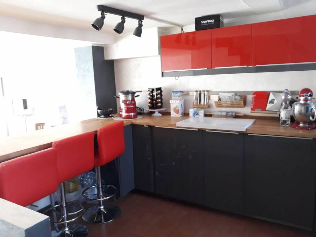 Villa a Schiera in vendita a Venegono Superiore, 3 locali, prezzo € 185.000 | CambioCasa.it