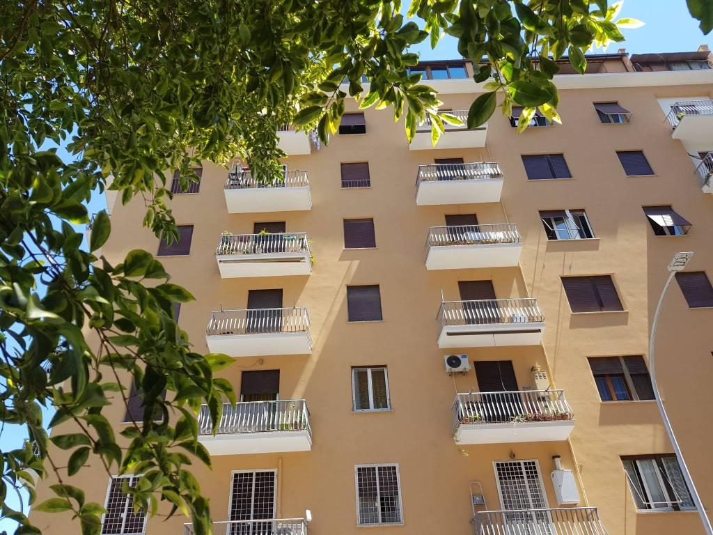 Appartamento in vendita a Roma, 3 locali, prezzo € 235.000 | CambioCasa.it
