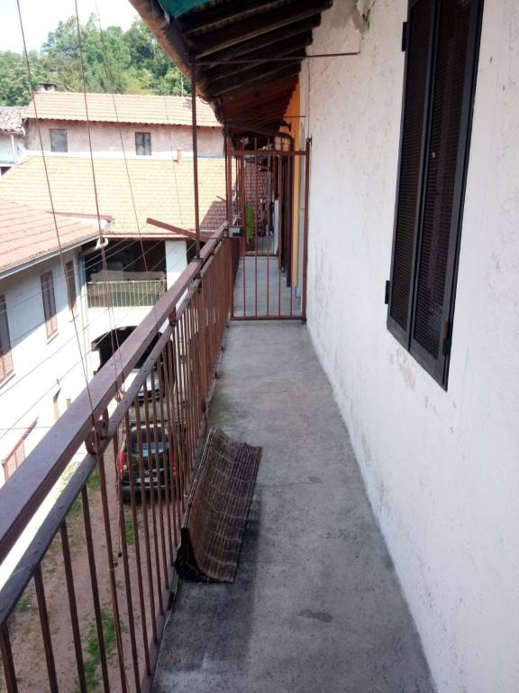 Appartamento in vendita a Arcisate, 3 locali, prezzo € 33.000   PortaleAgenzieImmobiliari.it