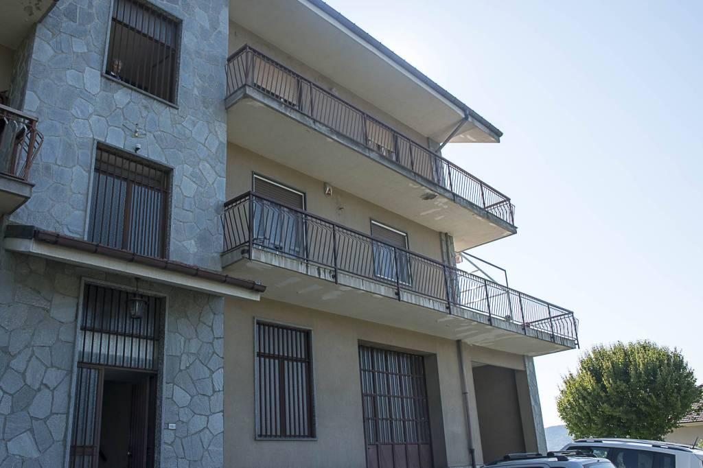 Magazzino in vendita a Giaveno, 9999 locali, prezzo € 85.000 | CambioCasa.it