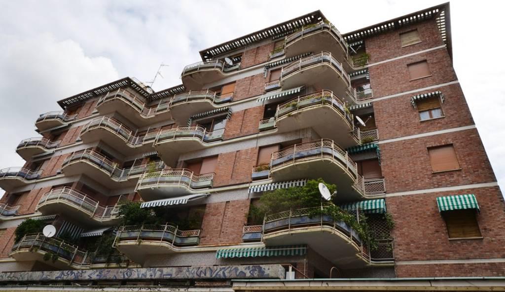 Appartamento in vendita a Biella, 4 locali, prezzo € 105.000 | PortaleAgenzieImmobiliari.it