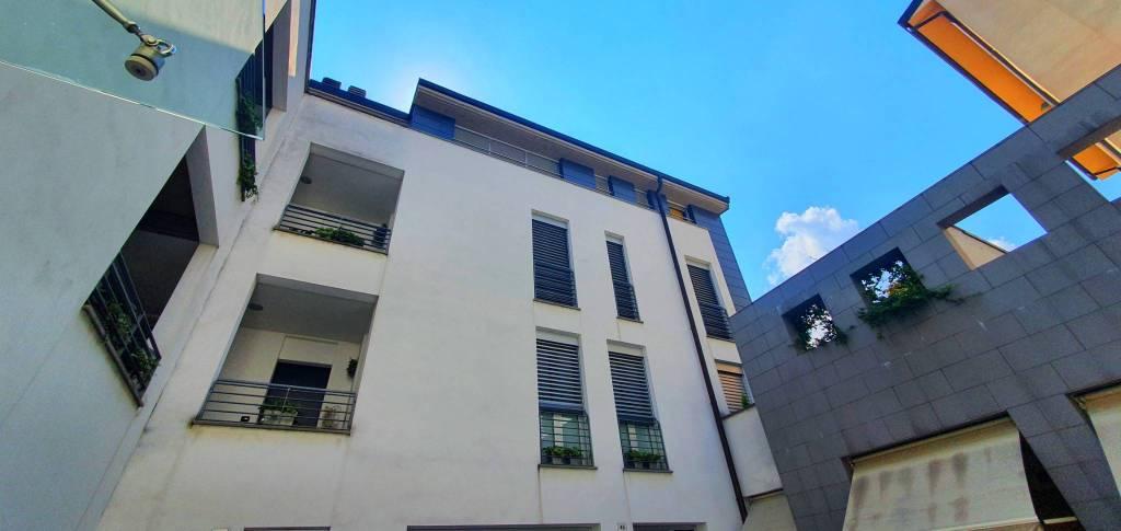 Appartamento in vendita a Lecco, 3 locali, prezzo € 350.000 | CambioCasa.it