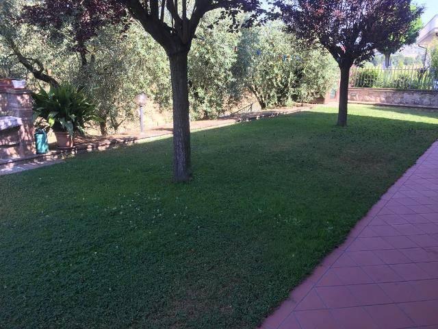 Appartamento in Affitto a Magione: 3 locali, 140 mq