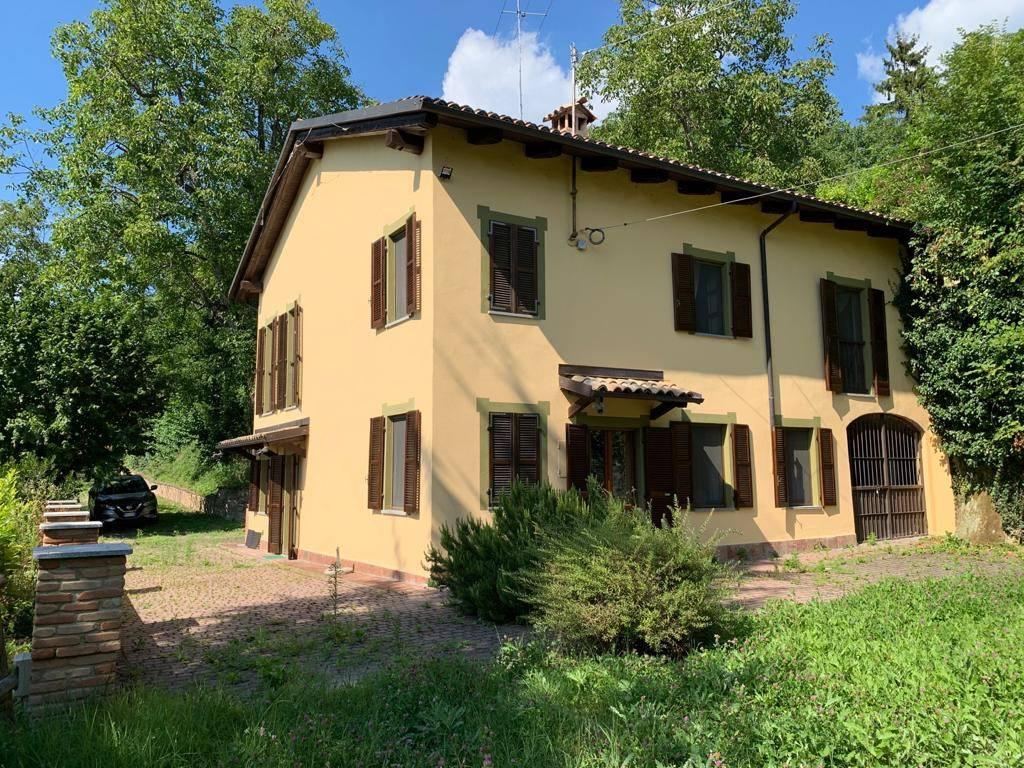 Villa in vendita a Odalengo Piccolo, 8 locali, prezzo € 199.000 | CambioCasa.it